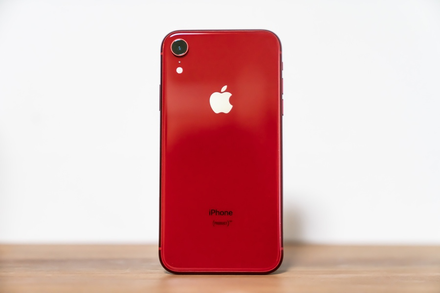 iPhone-XR-01