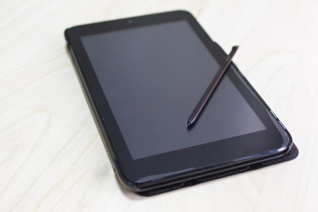 タブレットとタッチペン