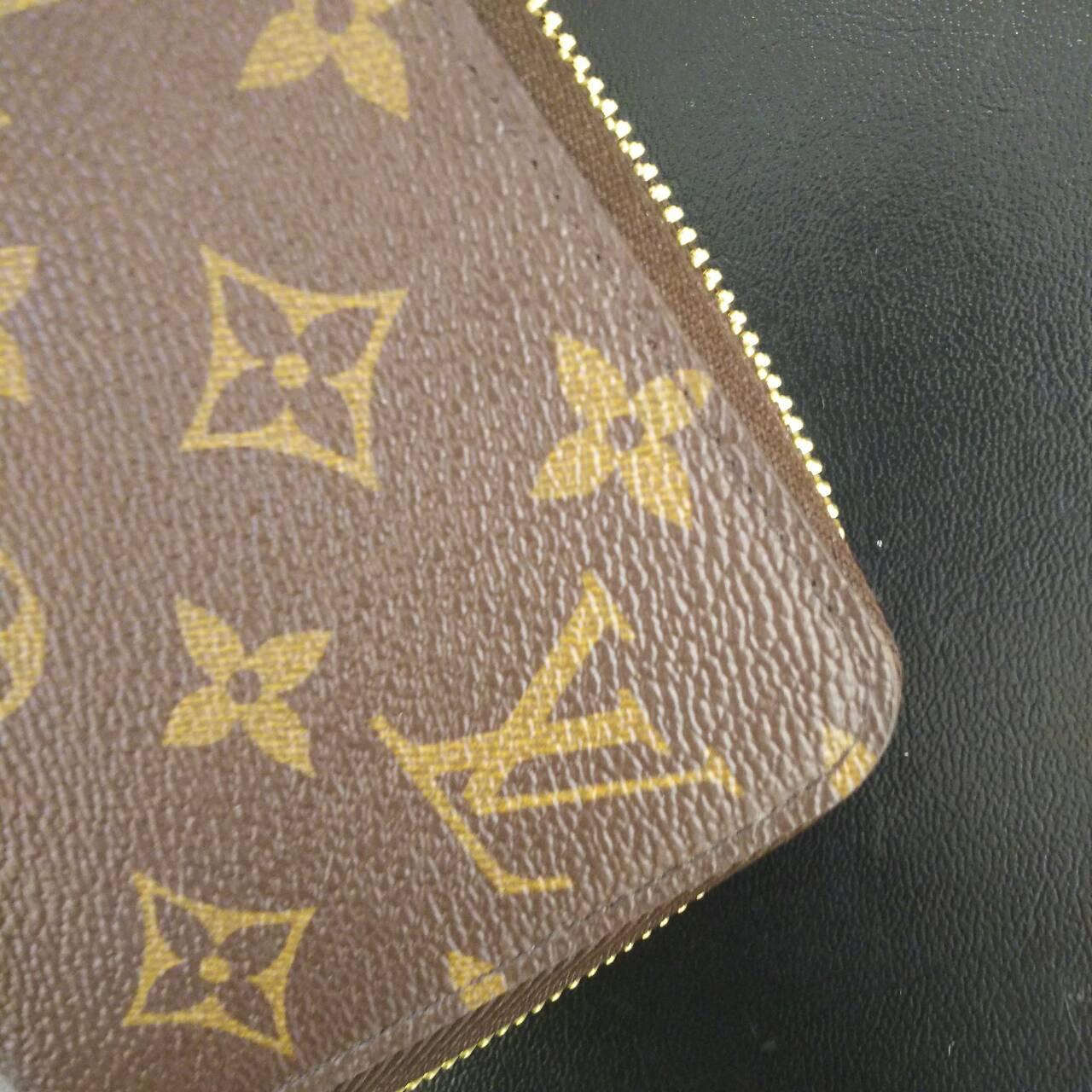 meet 966d0 d0e49 圧倒的な高級感♡元スタッフが教えるルイヴィトンのお財布 ...
