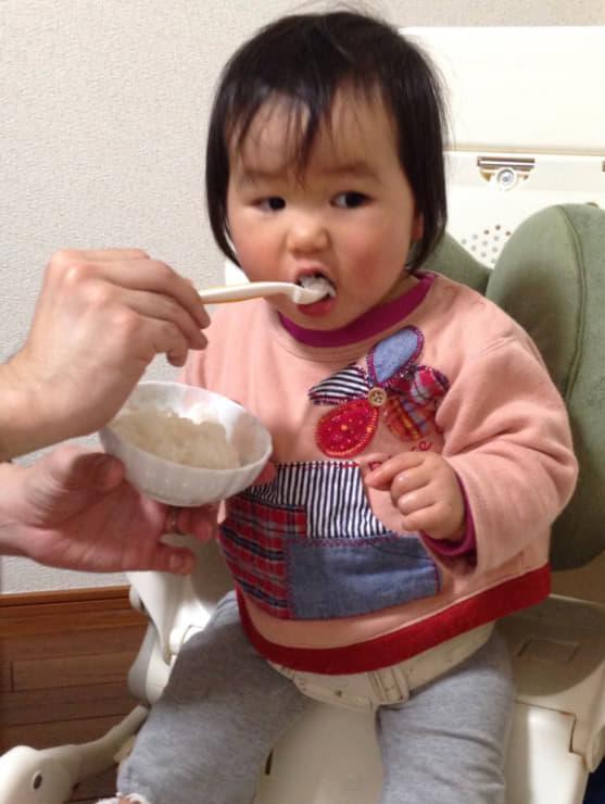 エジソンのフォーク&スプーン ベビー イエロー(9ヶ月から対象) はじめてでもじょうずに食べられる