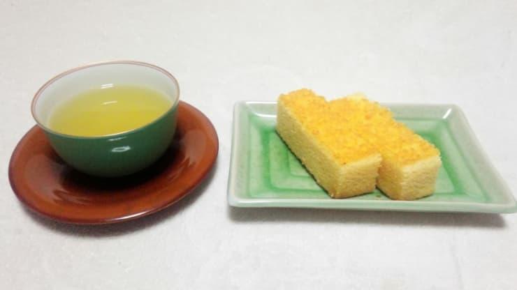 煎茶とお菓子