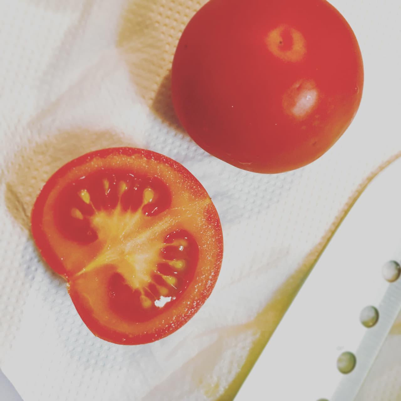 トマト キッチンペーパー