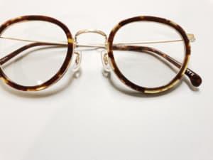 べっ甲眼鏡