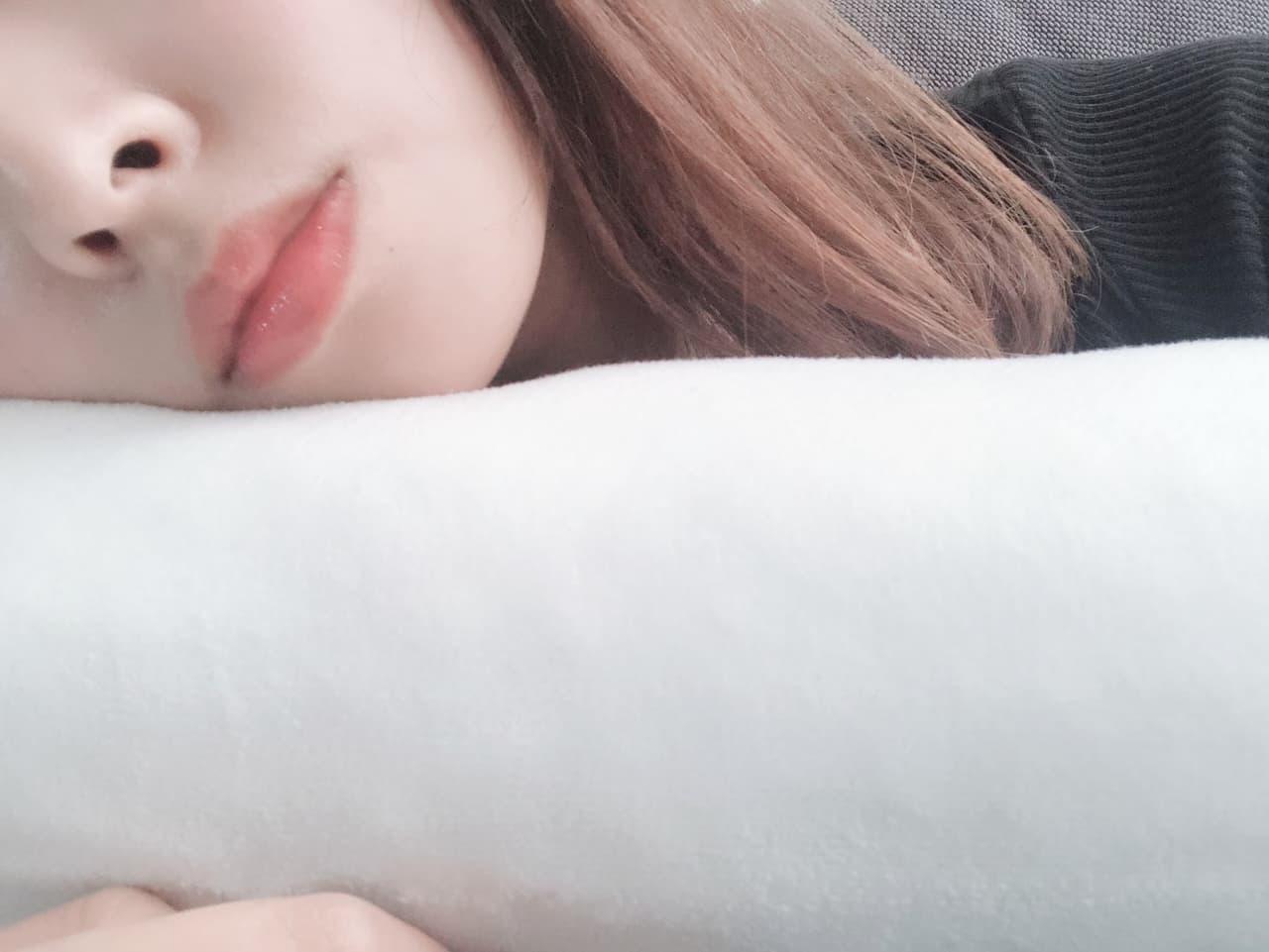 枕 女性 睡眠