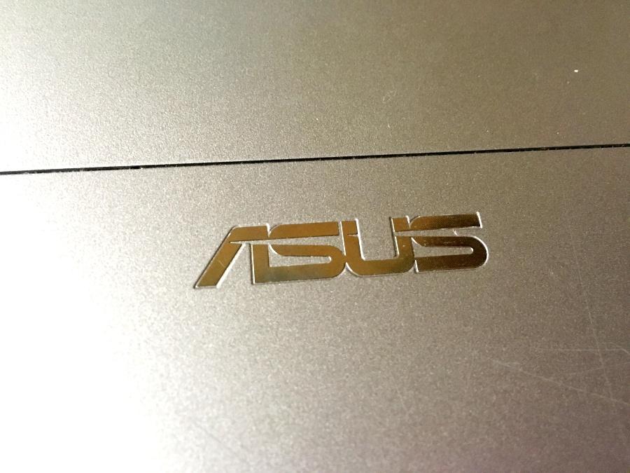 ASUS パソコン