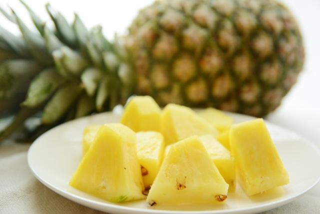 国産パイナップルジュース