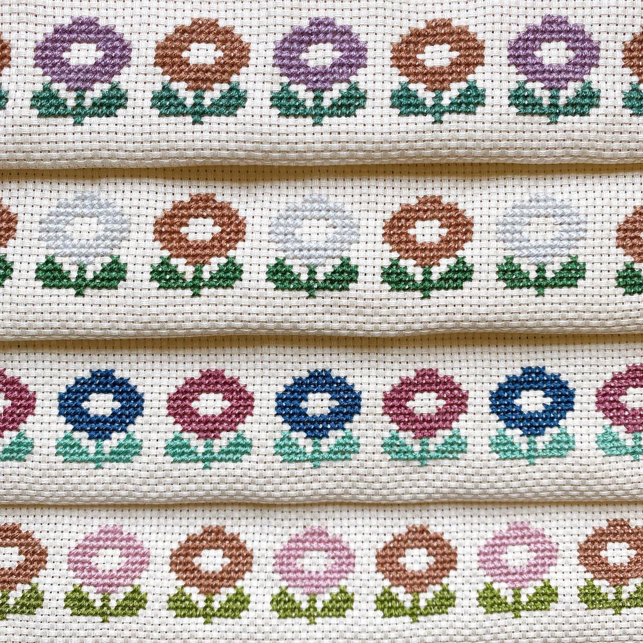 花柄のクロスステッチ刺繍