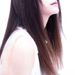 髪が綺麗な女性の画像