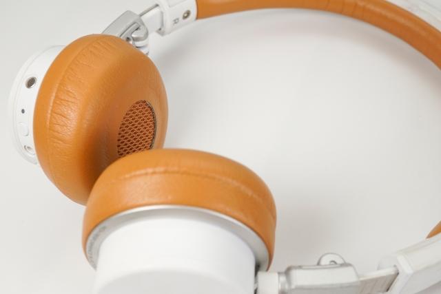 Bluetoothヘッドホン