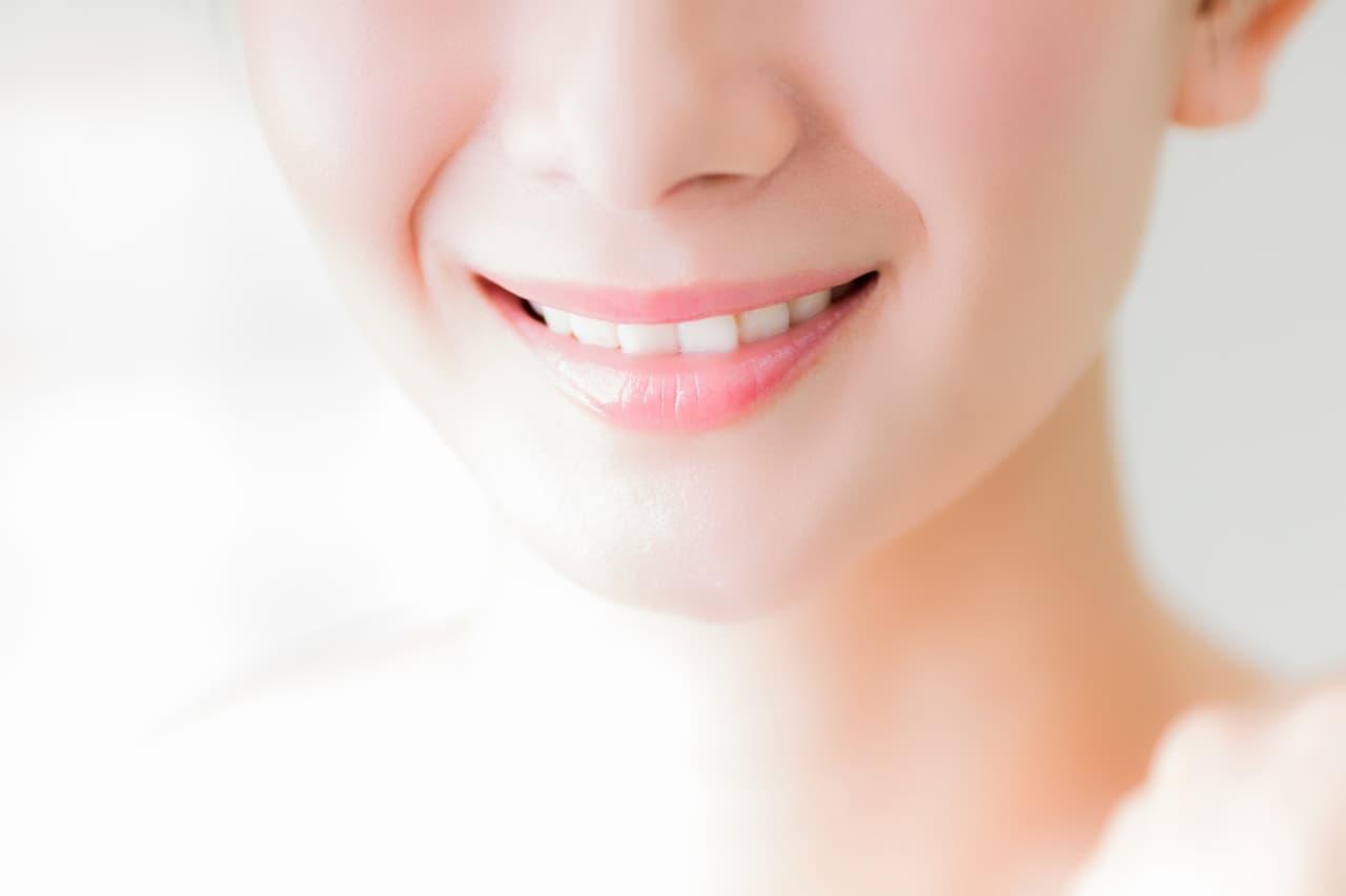 歯並びが良い女性の画像