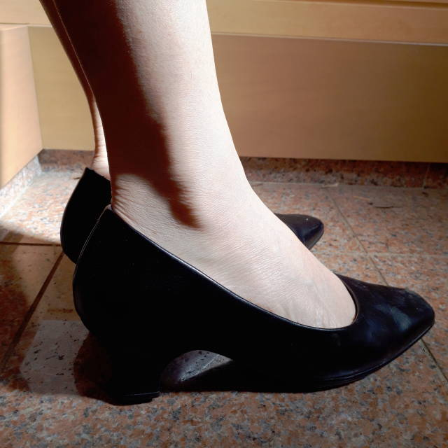 パンプスで靴擦れ