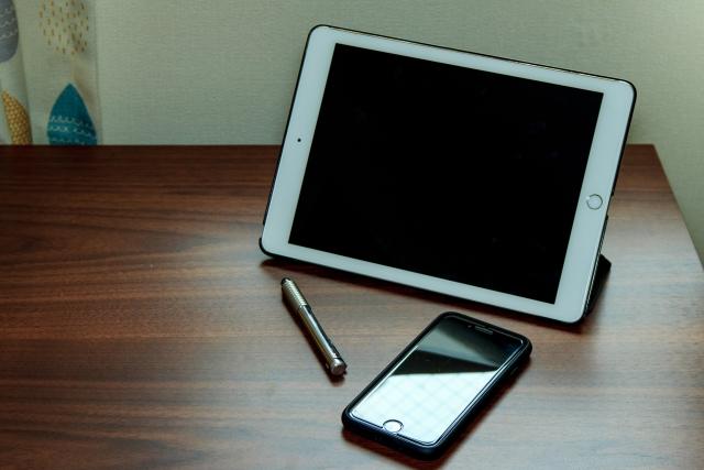 iPadとiPhoneとタッチペン