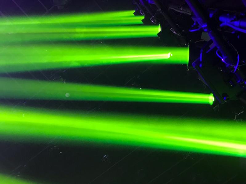 レーザー緑色