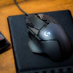 ゲーミングマウスとマウスパッド