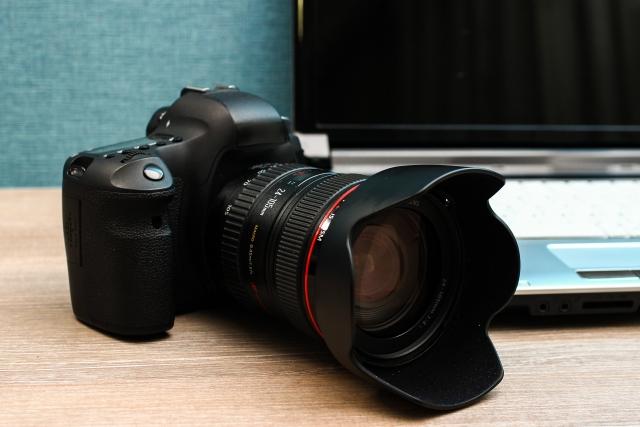 一眼レフのアクションカメラ