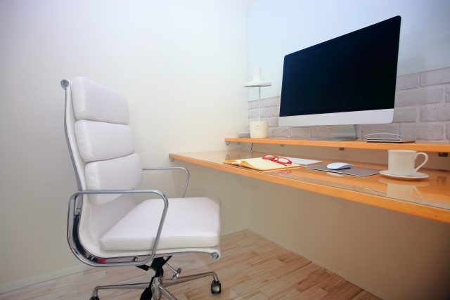 オフィスチェア デスク 作業部屋
