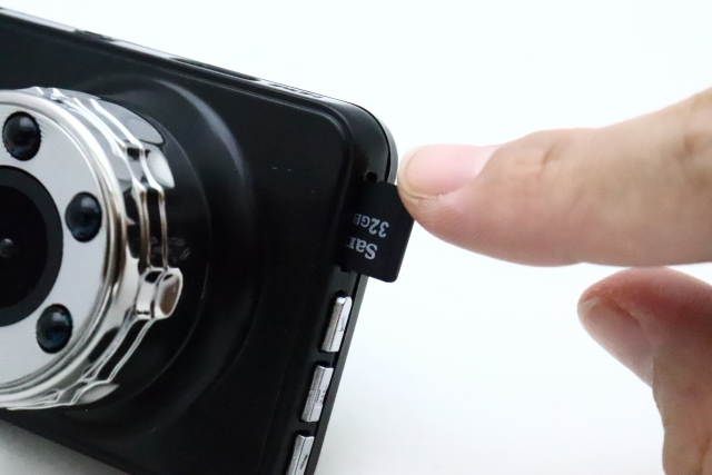ドライブレコーダーとSDカード
