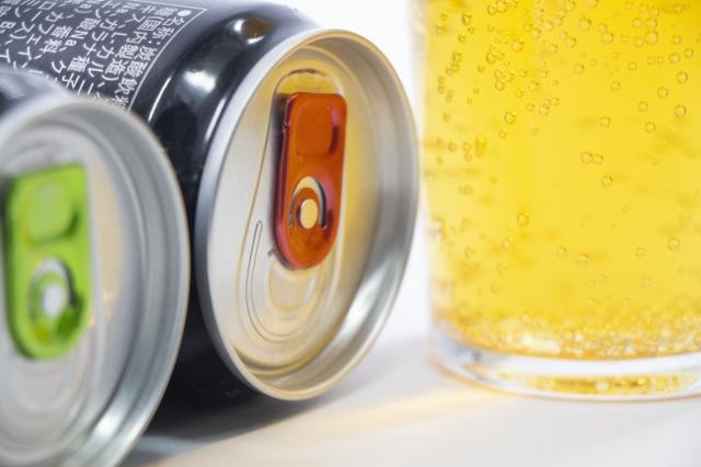 エナジードリンク缶